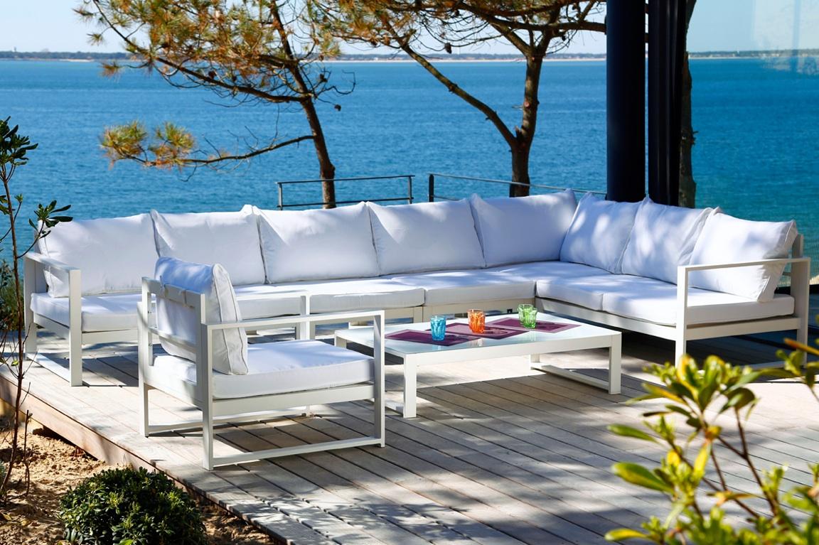 Comment décorer sa maison de vacances à la mer ? - Hilda Gaume
